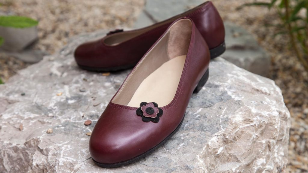Damen Maßschuhe rot, flache Schuhe