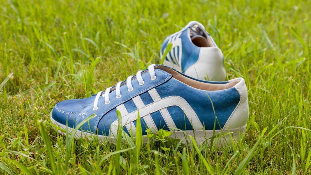 Handgemachte Sneaker für Herren, EUR 550,–, Größe Abb. 41/42