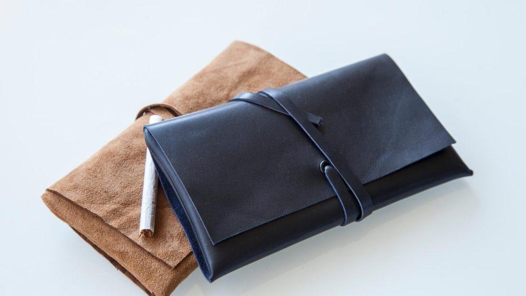 Tabaktaschen aus Leder, handgefertigt