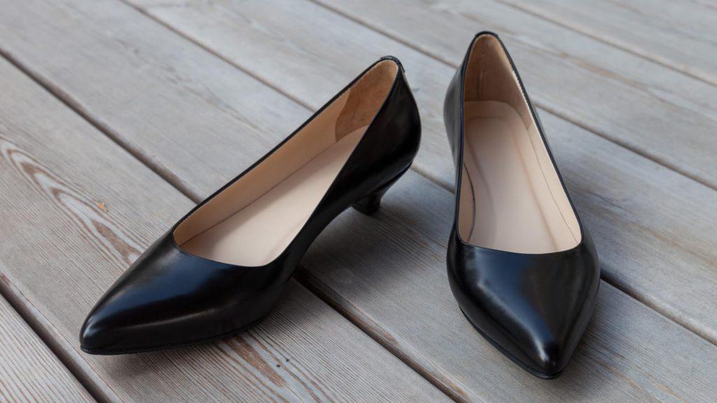 Maßschuhe Damen schwarz, mit Absatz
