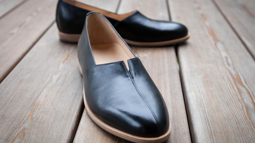 Maßschuhe schwarz, flache Schuhe für Damen