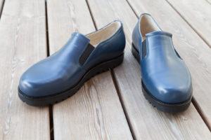 Maßschuhe für Damen, Übergröße, blaues Leder, Gummizug