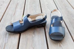 Maßschuhe Damen, Sandalen, blaues Leder