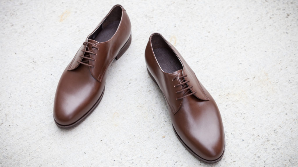 Herrenschuhe klassisch, Derby, braunes Leder, handgemacht, Größe 42