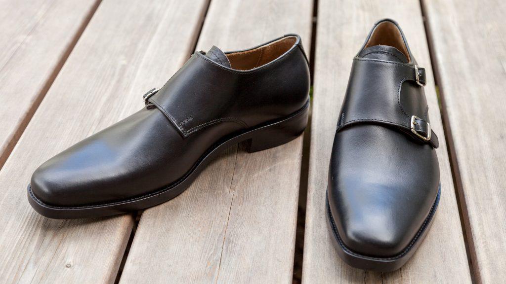 Handgemachte Maßschuhe für Herren, schwarzes Leder